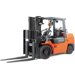 Where to find 6K LB STRAIGHT MAST FORK TRUCK in Chicago