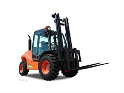 Where to find 6K RT 4WD STRAIGHT MAST FORKLIFT in Chicago