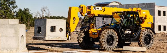 Where to find 9k TELEHANDLER 42 Enclosed  JCB 509-42 in Chicago